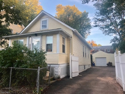 Hillside Twp. Single Family Home For Sale: 1485 Franklin St