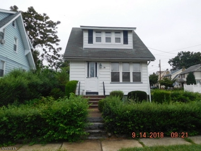 Belleville Twp. Single Family Home For Sale: 70 Tiona Ave