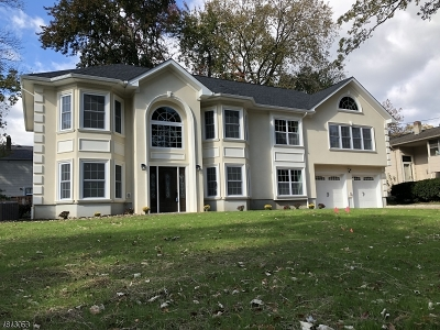 Parsippany-Troy Hills Twp. Single Family Home For Sale: 205 Centerton Dr
