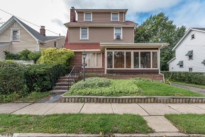 Maplewood Twp. Single Family Home For Sale: 25-27 Essex Ave