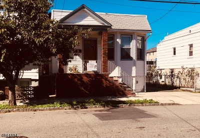 Belleville Twp. Single Family Home For Sale: 55 Naples Ave