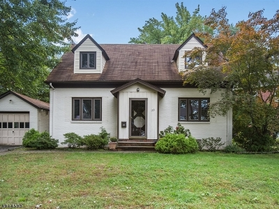 Bloomfield Twp. Single Family Home For Sale: 155 Lindbergh Blvd