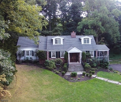 Millburn Twp. Single Family Home For Sale: 10 Brantwood Ter