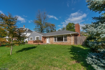 Rahway City Single Family Home For Sale: 233 Elm Ave