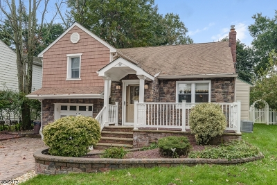 Springfield Twp. Single Family Home For Sale: 57 Sherwood Rd
