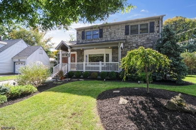 Cranford Twp. Single Family Home For Sale: 35 Munsee Dr