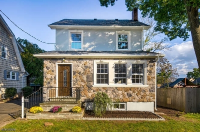 West Orange Twp. Single Family Home For Sale: 72 Valley Way