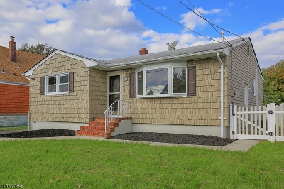 Woodbridge Twp. Single Family Home For Sale: 43 Division St