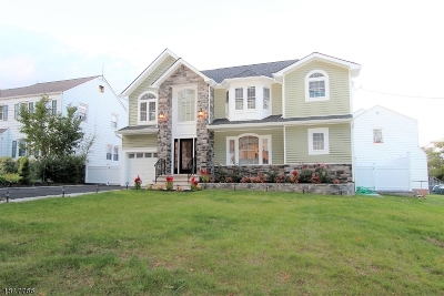 Nutley Twp. Single Family Home For Sale: 14 Nutley Ave