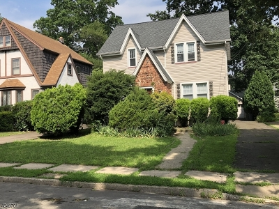Union Twp. Single Family Home For Sale: 884 Townley Ave