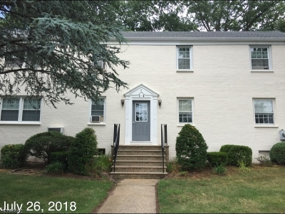 Union Twp. Condo/Townhouse For Sale: 4 Girard Pl C