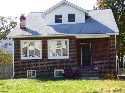 Union Twp. Single Family Home For Sale: 2570 Allen Ave