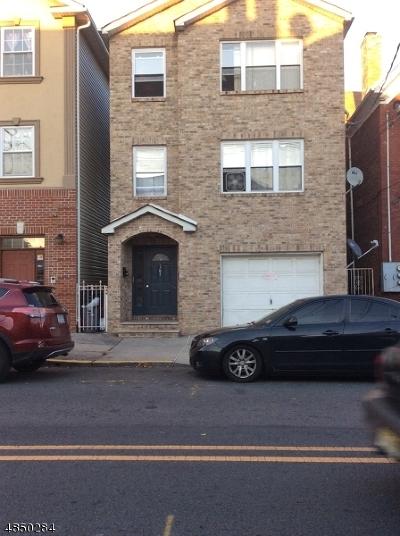Elizabeth City Multi Family Home For Sale: 161 Fulton St #2