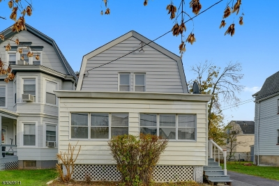 West Orange Twp. Single Family Home For Sale: 140 Franklin Ave