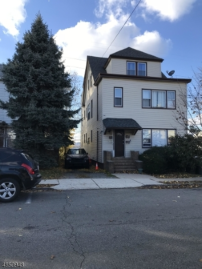 Belleville Twp. Multi Family Home For Sale: 215 Forest St