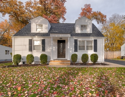 West Orange Twp. Single Family Home For Sale: 31 Mayfair Dr