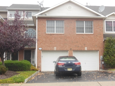 West Orange Twp. Condo/Townhouse For Sale: 23 Waldeck Ct