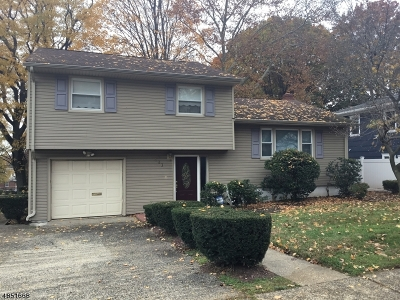 Union Twp. Single Family Home For Sale: 403 Foxwood Rd