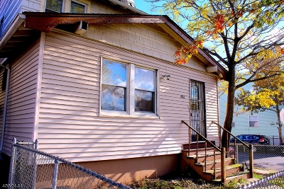 Elizabeth City Single Family Home For Sale: 481 Catherine St