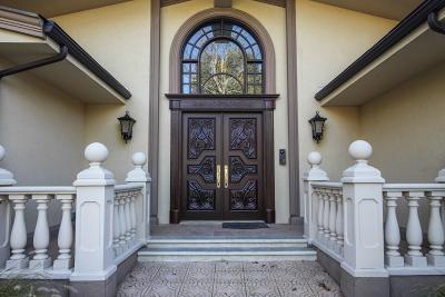 Livingston Twp. Single Family Home For Sale: 8 Driftwood Dr
