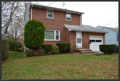 North Brunswick Twp. Single Family Home For Sale: 7 Cypress Ave