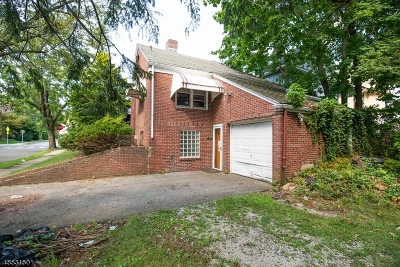 Maplewood Twp. Single Family Home For Sale: 258 Parker Ave