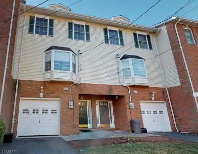 Nutley Twp. Condo/Townhouse For Sale: 9 Hancox Ave