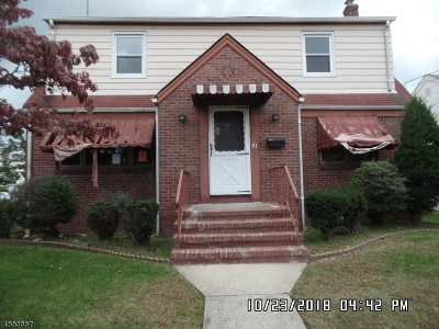 Multi Family Home For Sale: 91 Chestnut St