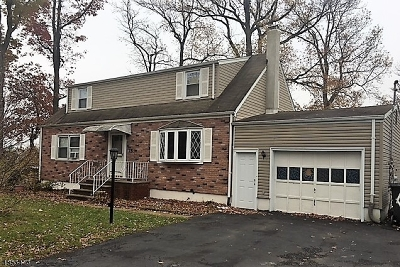 Woodbridge Twp. Single Family Home For Sale: 15 Coakley St