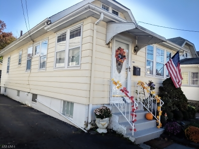 ROSELLE PARK Single Family Home For Sale: 130 Butler Ave