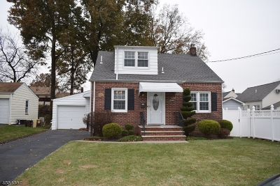 Union Twp. Single Family Home For Sale: 2546 Hawthorne Ave
