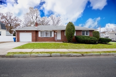 Woodbridge Twp. Single Family Home For Sale: 123 Ford Ave