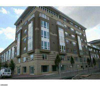 Perth Amboy City Condo/Townhouse For Sale: 358 Rector St Unit 506 #506