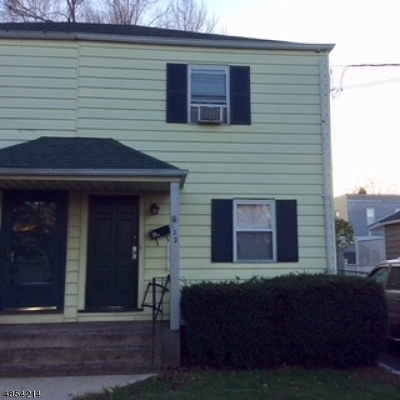 Bloomfield Twp. Single Family Home For Sale: 122 Floyd Ave