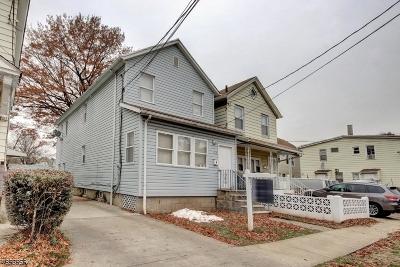 Elizabeth City Single Family Home For Sale: 160 Grove St