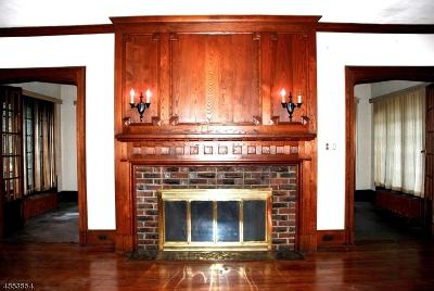 Hillside Twp. Single Family Home For Sale: 601 Irvington Ave