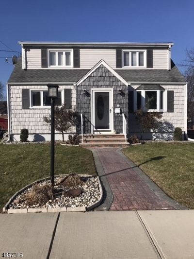 Belleville Twp. Single Family Home For Sale: 15 Madison St
