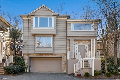 West Orange Twp. Condo/Townhouse For Sale: 51 Clarken Dr