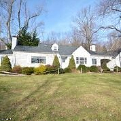 WATCHUNG Single Family Home For Sale: 88 Century Ln