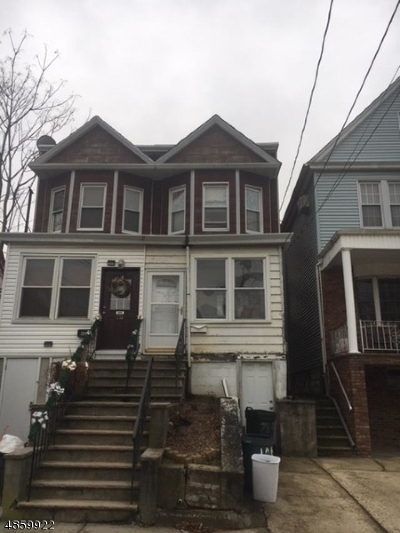 Bayonne City Single Family Home For Sale: 48 E 40th St