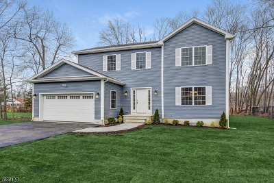 Berkeley Heights Twp. Single Family Home For Sale: 108 Bolton Blvd