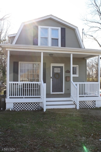Woodbridge Twp. Single Family Home For Sale: 829 Main St