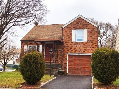 LINDEN Single Family Home For Sale: 301 W Elm St