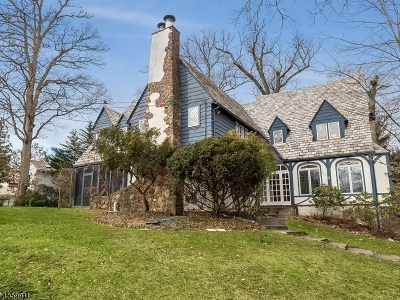 Millburn Twp. Single Family Home For Sale: 27 Barnsdale Rd