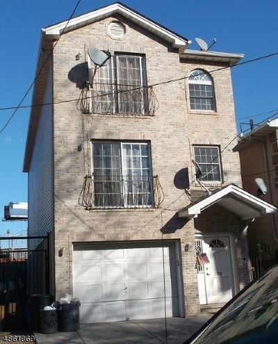 Newark City NJ Multi Family Home For Sale: $670,000