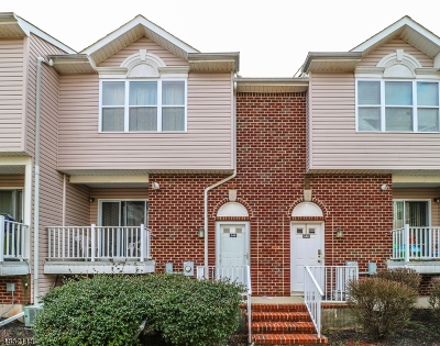 Perth Amboy City Condo/Townhouse For Sale: 544 Great Beds Ct