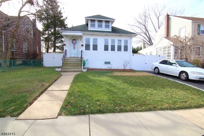 LINDEN Single Family Home For Sale: 53 Furber Ave