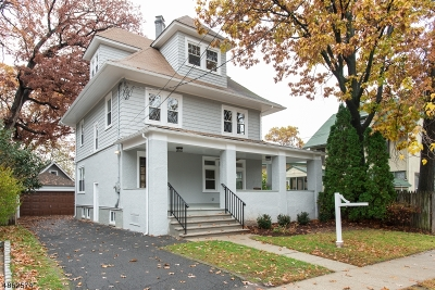 Bloomfield Twp. Single Family Home For Sale: 35 Lenox Ter