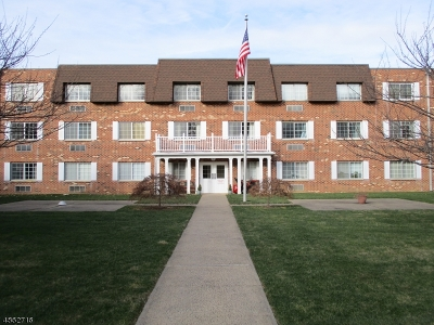 Union Twp. Condo/Townhouse For Sale: 255 Tucker Ave-Apt 103 #103