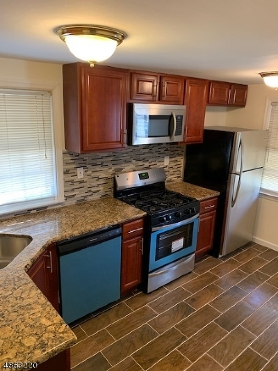 RAHWAY Single Family Home For Sale: 1108 Mayfair Dr